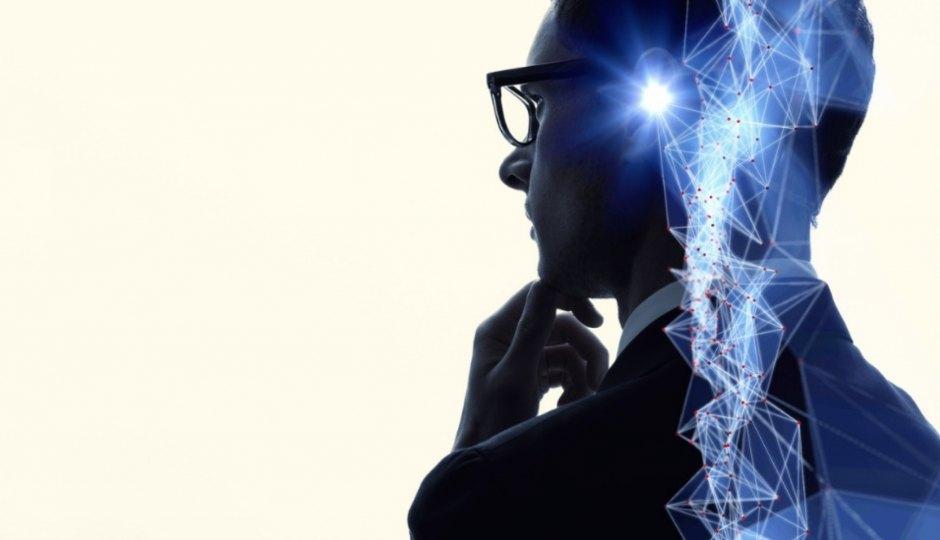 コグニティブ・コンピューティングとは何か?人工知能との違いは?空港、ホテル、銀行などではすでに活用事例も。