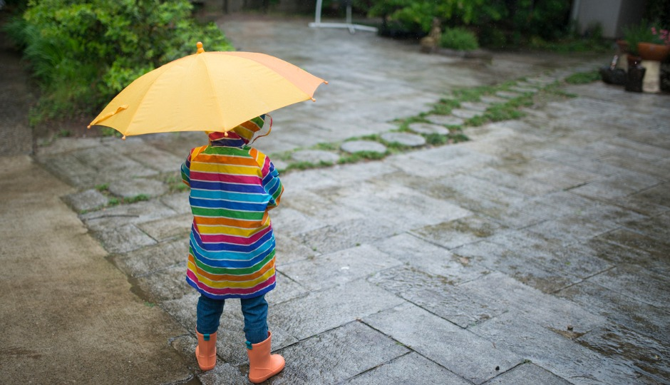 実は傘の消費量が世界一!? 日本では年間で何本の傘が消費されているのか?