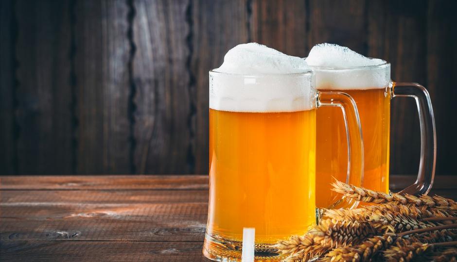 なぜにビールは泡立つのか? 泡ができるメカニズムからタモリ流ビールの注ぎ方まで一気にご紹介!