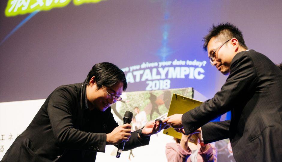 ファイナリストと共にDatalympic 2018を振り返る!第三弾はアンテリオ社「病気が気になったら見てね♪」チームを取材。