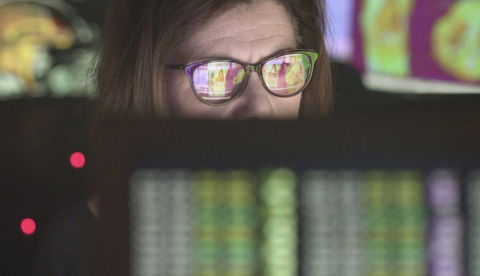 情報活用とは?そして情報リテラシーとは?なぜ今重要視されるのか?
