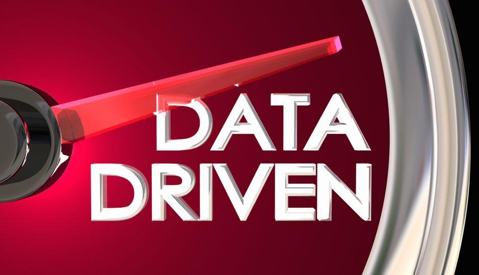 さよなら、勘と経験と度胸による経営。ハロー、データ・ドリブン!でも、、、データ・ドリブンってどういうこと?